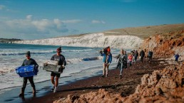 timi eross photography iow beach clean compton 1