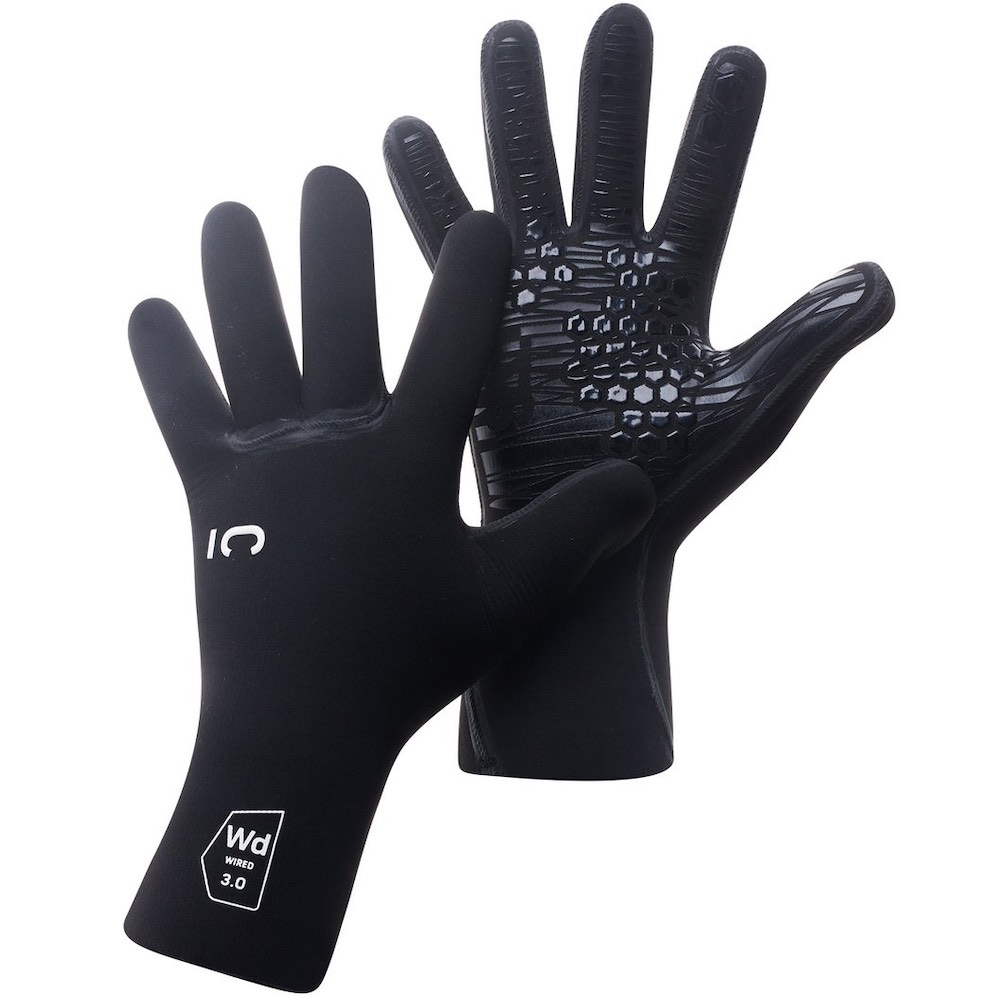 C-Skins 2021 Wired 3mm Gloves. Liquid seams. GBS. Xtend Neoprene. Cold water surfing Isle of Wight UK. Surf accessories. Gift present voucher