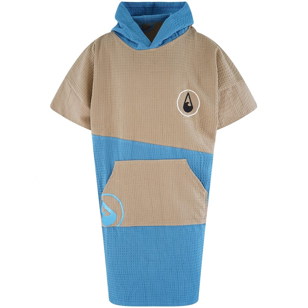 Whether on the beach, at the pool, after a shower or just lounging around at home our poncho will always keep you comfortable and warm, as well as being the perfect