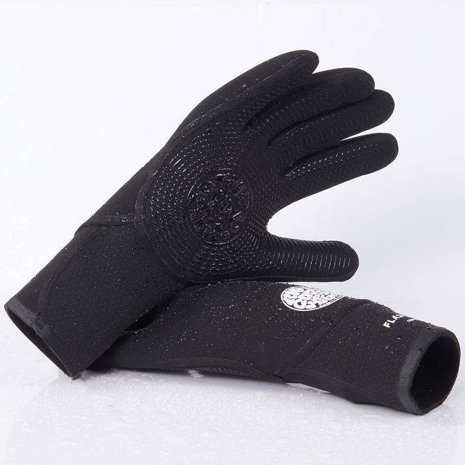 Ripcurl flash bomb wetsuit gloves 3/2mm 5/4mm. Flashbomb neoprene gloves